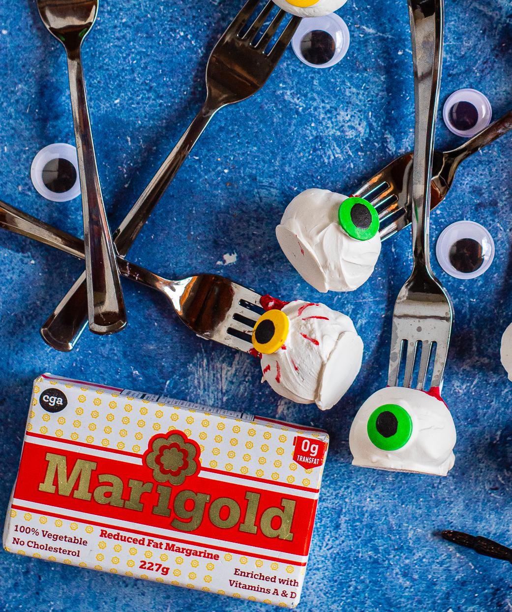 Halloween Cake Pop Eyeballs