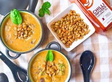 Creamy Pesto Broccoli Soup